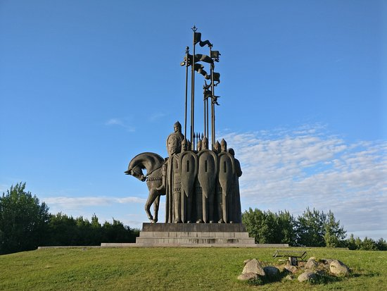 монумент дружина Александра Невского